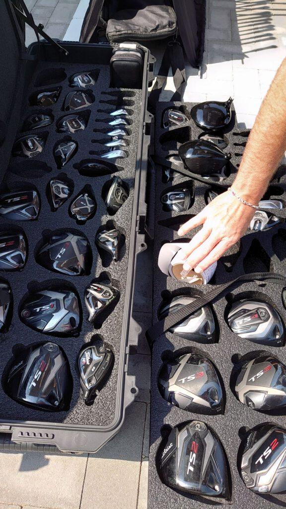 testowanie kijów golfowych